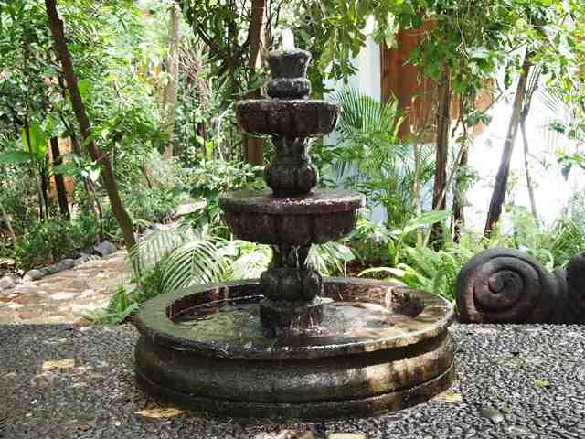 Fontane da giardino for Come costruire una cabina di pietra